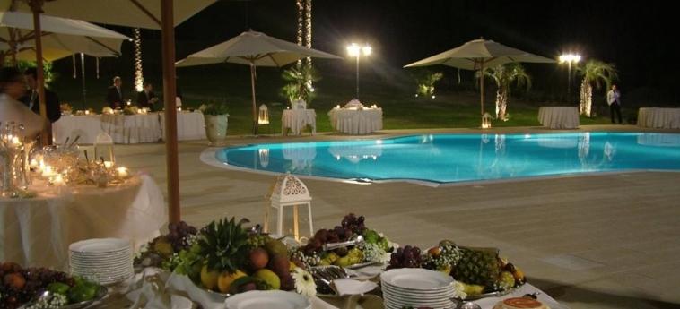 Best Western Hotel San Giorgio: Schwimmbad CROTONE