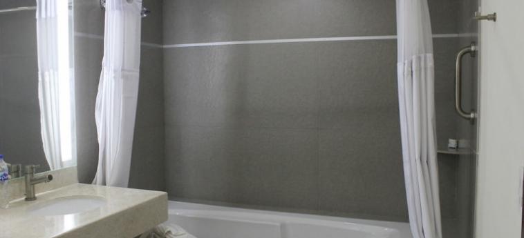 Hotel Holiday Inn Express Culiacan: Bathroom CULIACAN