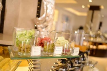Holiday Beach Danang Hotel & Spa: Buffet DA NANG
