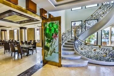 Holiday Beach Danang Hotel & Spa: Ristorante DA NANG