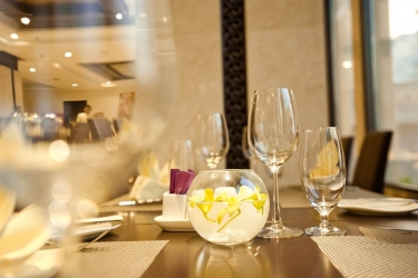 Holiday Beach Danang Hotel & Spa: Zona colazione DA NANG