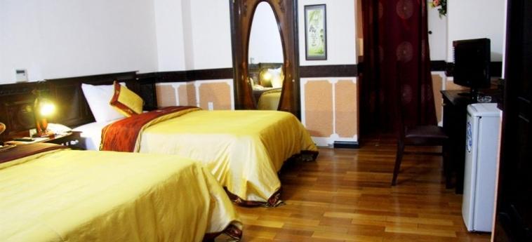 Hotel Phuong Dong Orient: Réception DA NANG