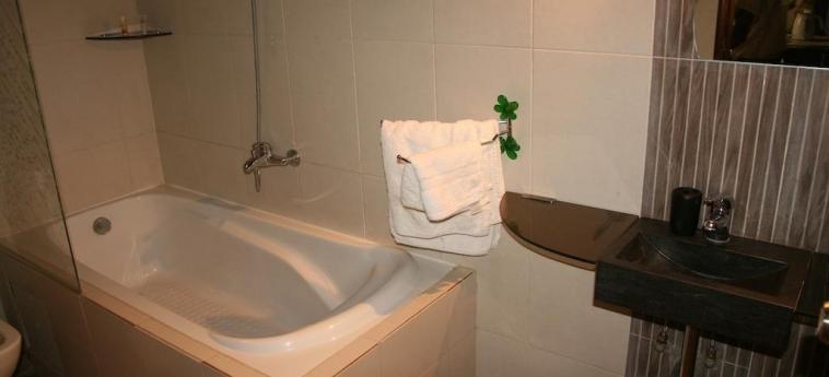 Hotel Business: Bagno DAKAR