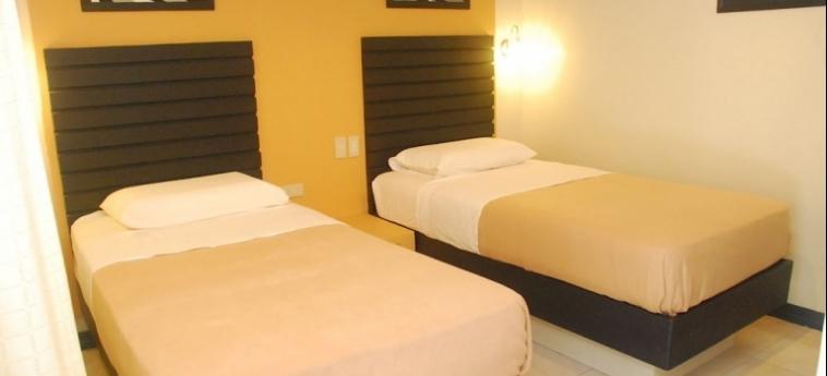 The Royale House Travel Inn & Suites: Roof Garden DAVAO CITY