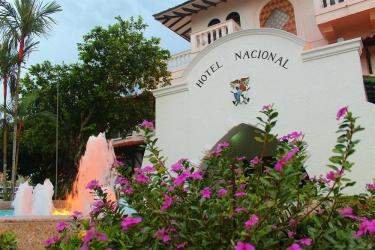 Hotel Gran Nacional: Extérieur DAVID