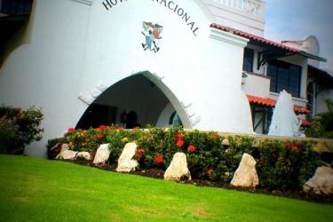 Hotel Gran Nacional: Exterior DAVID