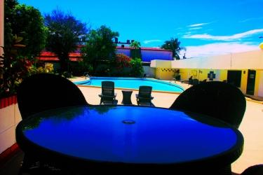 Hotel Gran Nacional: Outdoor Swimmingpool DAVID