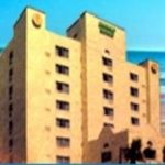 Hotel Emerald Shores