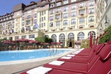 Hotel Barrière Le Royal Deauville: Extérieur DEAUVILLE