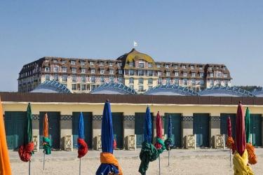 Hotel Barrière Le Royal Deauville: Exterieur DEAUVILLE