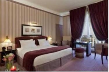 Hotel Barrière Le Royal Deauville: Schlafzimmer DEAUVILLE