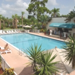 HOLIDAY PARK HOTELS AND SUITES 3 Etoiles