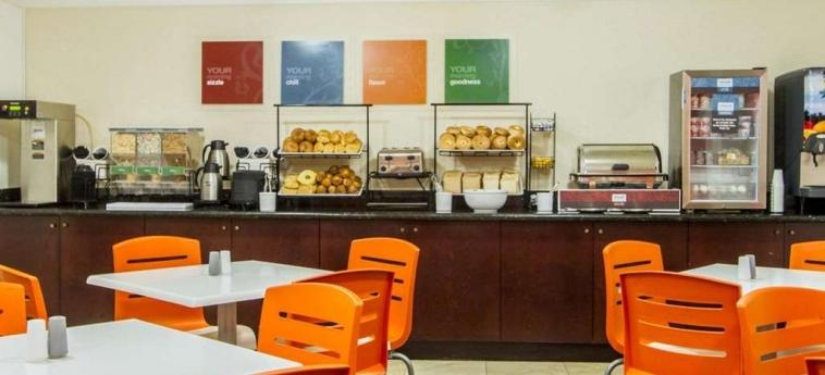 Hotel Comfort Inn Oceanside: Restaurant DEERFIELD BEACH (FL)