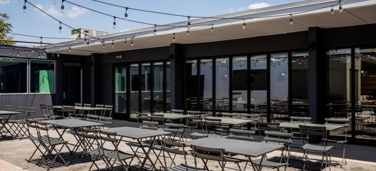 Trumbull And Porter, An Ascend Hotel Collection Member Detroit: Patio DETROIT (MI)
