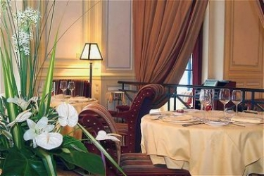 Barrière Le Grand Hotel Dinard: Ristorante DINARD
