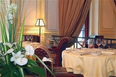 Barrière Le Grand Hotel Dinard: Restaurant DINARD