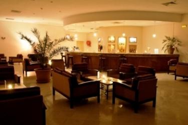 Hotel Les Alizes: Bar DJERBA