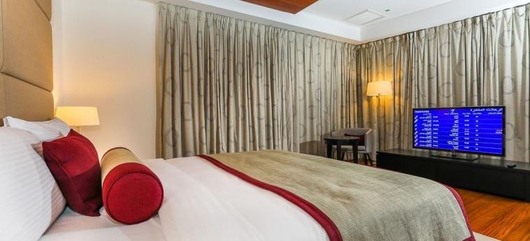 Oryx Airport Hotel -Transit Only: Bedroom DOHA