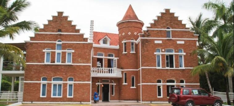Hostel Laguna Park Cabarete: Fassade DOMINIKANISCHE REPUBLIK