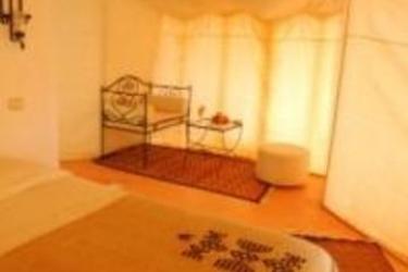 Hotel Yadis Campement Ksar Ghilane: Camera Matrimoniale/Doppia DOUZ