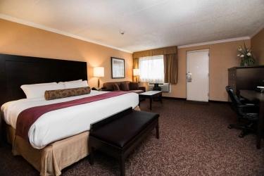 Best Western Plus Dryden Hotel & Conference Centre: Habitacion Suite DRYDEN