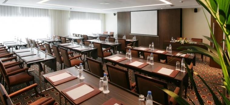Hotel Elite Byblos: Konferenzsaal DUBAI