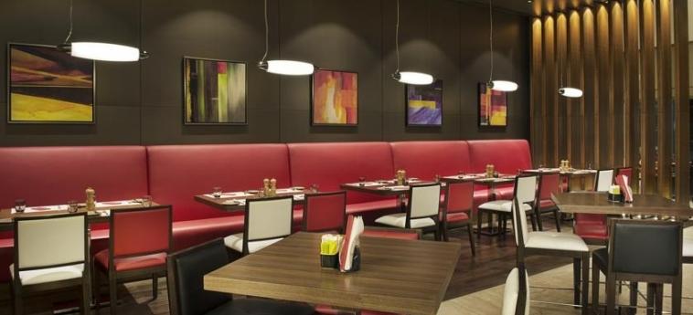Hotel Damac Maison Cour Jardin: Restaurante DUBAI