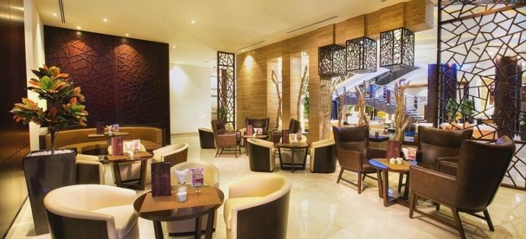 Ghaya Grand Hotel: Bar Interne DUBAI