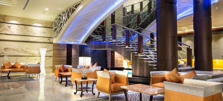 Ghaya Grand Hotel: Intérieur DUBAI