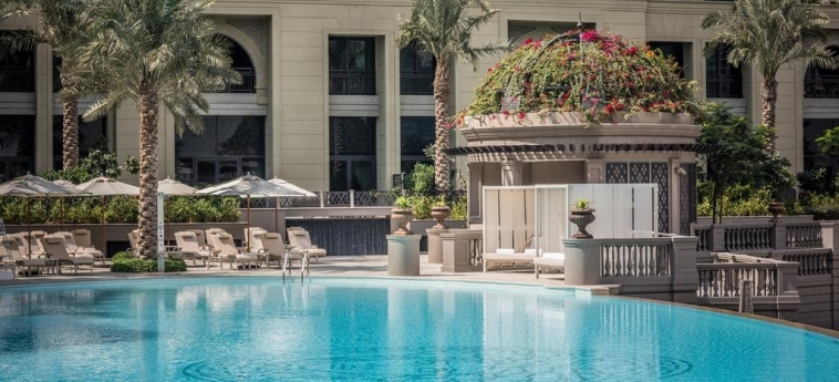 Hotel Palazzo Versace Dubai: Schwimmbad DUBAI