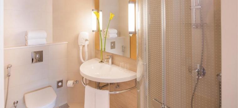 Hotel Ibis One Central: Bagno DUBAI