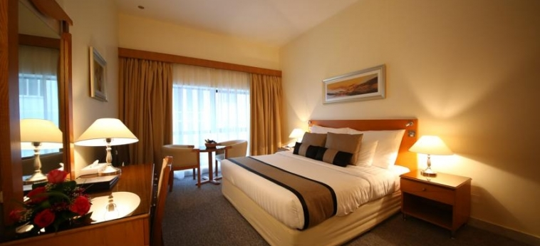Hotel Lavender: Habitación DUBAI