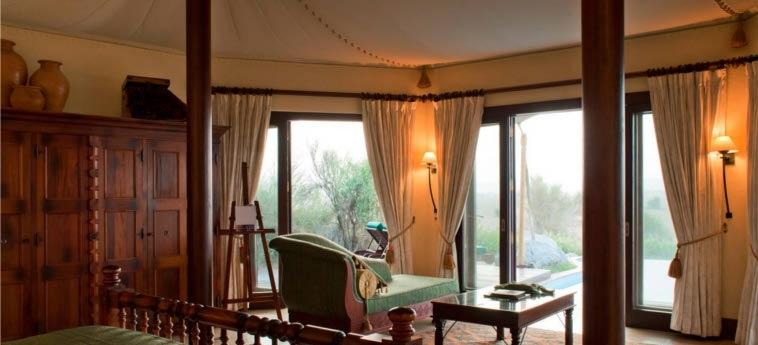 Hotel Al Maha, A Luxury Collection Desert Resort & Spa, Dubai: Bedroom DUBAI