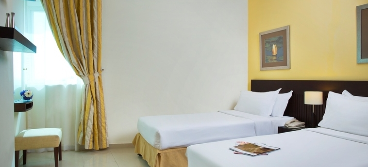 Time Crystal Hotel Apartments: Chambre jumeau DUBAI