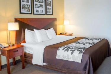 Hotel Sleep Inn & Suites: Guestroom DUBLIN (VA)