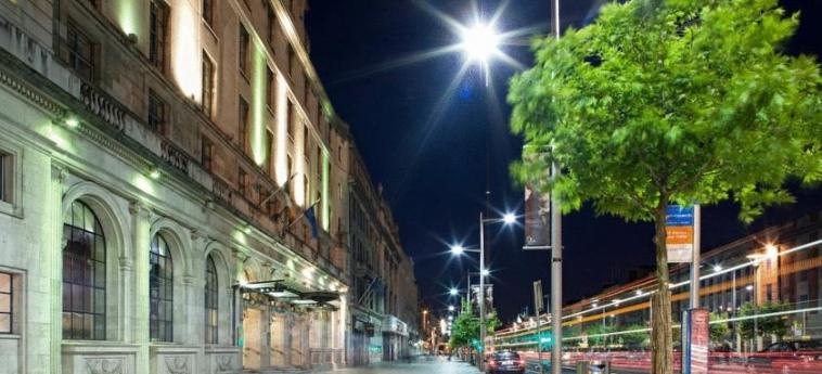 Hotel Riu Plaza The Gresham Dublin: Facade DUBLIN
