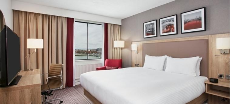Hilton Garden Inn Dublin Custom House: Schlafzimmer DUBLIN