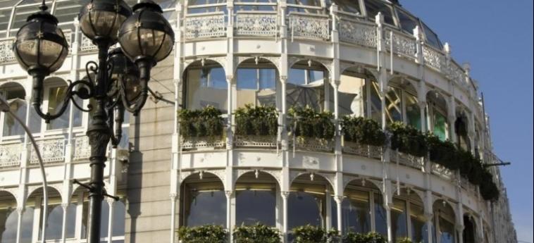 Hotel The Green: Facciata DUBLINO