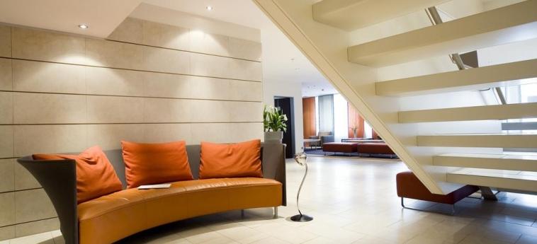 Mercure Hotel Duisburg City: Hotelhalle DUISBURG