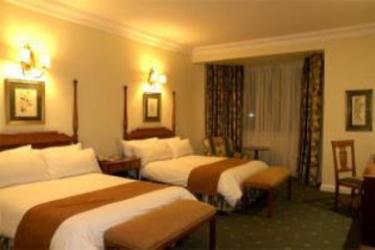 Protea Hotel Edward Durban: Room - Guest DURBAN
