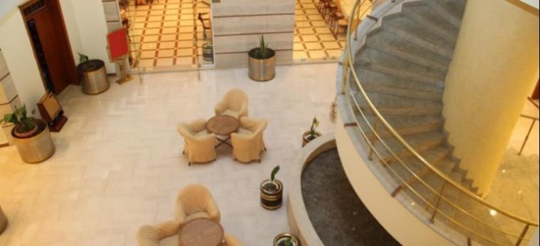 Hotel Leonardo: Hotelhalle DURRES