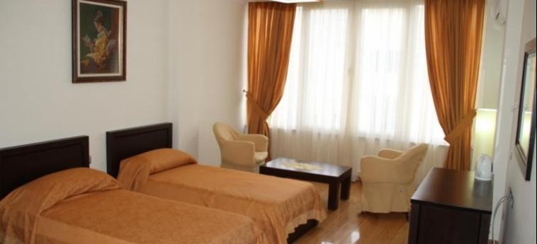 Hotel Leonardo: Schlafzimmer DURRES
