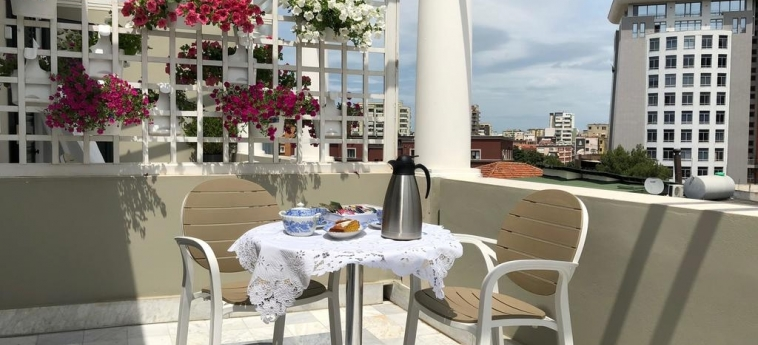 Hotel Amfiteatri Boutique : Terrasse DURRES
