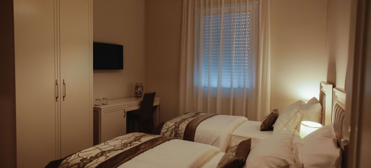 Hotel Amfiteatri Boutique : Twin Room DURRES