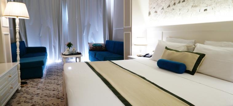 Hotel Adriatik: Chambre DURRES