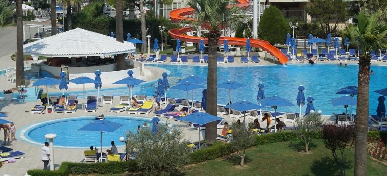 Hotel Adriatik: Piscine chauffée DURRES
