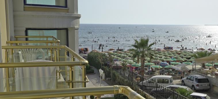 Hotel Adriatik: Vue DURRES