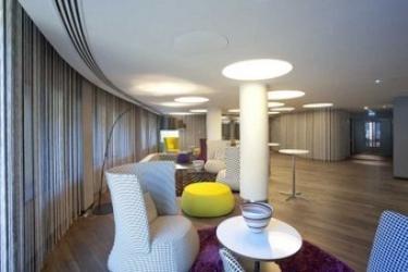 Radisson Collection Hotel, Royal Mile Edinburgh: Hall EDIMBURGO