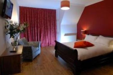 No.32 Hotel: Games Room EDINBURGH