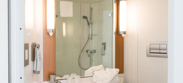 Hotel Ibis Edinburgh Centre South Bridge – Royal Mile: Badezimmer EDINBURGH